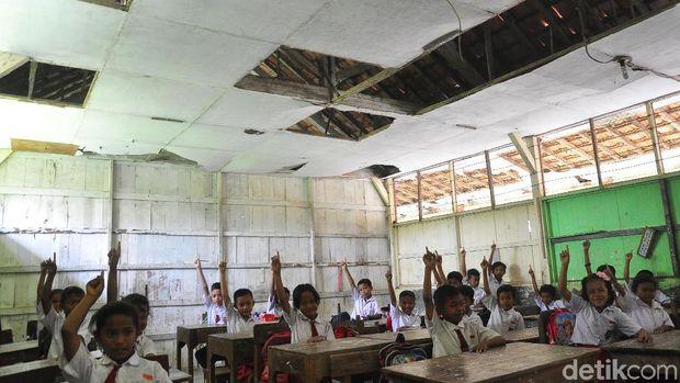 Potret Kondisi Memprihatinkan Ruang Kelas SD Negeri di Grobogan