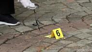 Polisi Gandeng TNI Saat Periksa Korban Ledakan Granat Asap di Monas