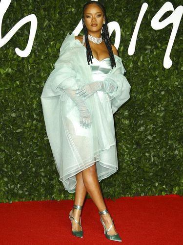 Rihanna di British Fashion Awards 2019.