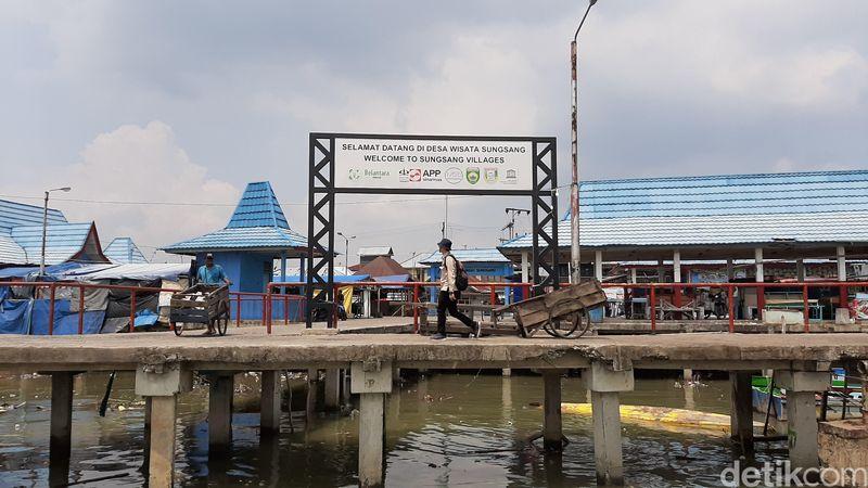 Namanya Desa Wisata Sungsang, berada di Banyuasin, Sumatera Selatan. Letaknya di pesisir arah laut yang menjadi pusat peristirahatan para nelayan di Banyuasin.(Foto: dok. TNSembilang)
