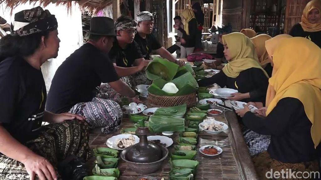 Warga Banyuwangi Gelar Pelatihan Olah Kuliner Ritual agar Tak Punah