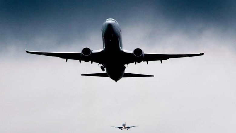Aksi Tak Naik Pesawat