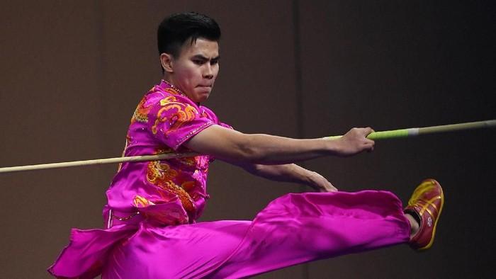 Edgar Xavier Marvelo Gondol Emas Nomor Wushu Gunshu di SEA Games 2019. (Foto: Antara Foto)