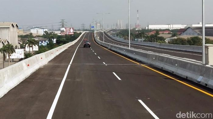 Tol Jakarta Cikampek layang Foto: Soraya Novika