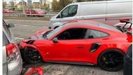 Apes! Lagi Test Drive, Porsche Alami Kecelakaan Parah