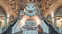Di dekat wisata air, ada hotel Kronasar. Hotel bintang 4 ini mempunyai 276 kamar dengan konsep museum hotel.(The Europa-Park)