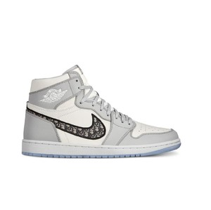 Bea Cukai AS Sita Ribuan Sneakers Dior x Air Jordan 1 Palsu Senilai Rp 63 M