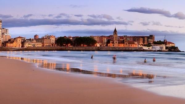 Situs travel global HostelWorld yang jadi rujukan para kaum backpacker sedunia baru-baru ini meluncurkan 10 ten destinasi favorit backpacker tahun 2020. DI peringkat teratas ada nama Gijon di Spanyol (ehealth-hub.eu)
