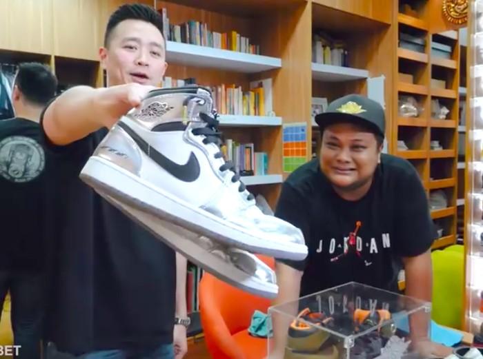 Koleksi sneakers Priasto (@dipsky_tv). (Foto: Youtube/Robert Harianto)