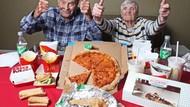 Ini Reaksi Unik Kakek 99 Tahun Saat Pertama Cicip Fast Food