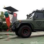 Land Rover Defender Jenderal Penjelajah Hutan
