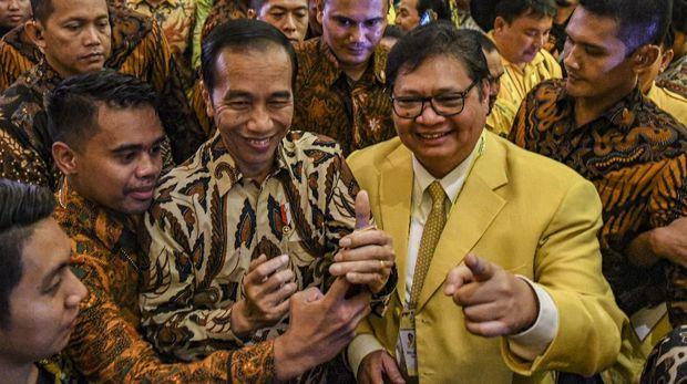 Dukungan Istana Buat Airlangga Dinilai Tidak Gratis