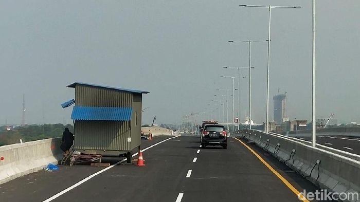 Foto: Jalan Tol Jakarta-Cikampek Layang (Soraya Novika/detikcom)