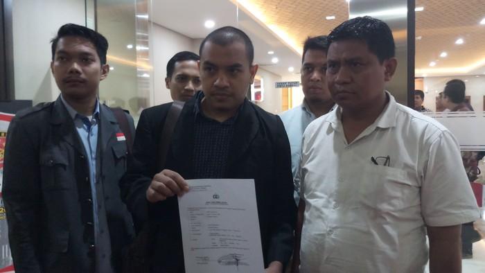 Anggota FPI Laporkan Gus Muwafiq ke Polisi (Farih Maulana/detikcom)