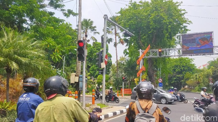 Ruas jalan yang dipasangan cctv untuk e-tilang (Foto: Deny Prastyo Utomo)