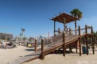 Memang, La Mer terbilang cantik dari pantai lainnya. Pantai ini mendapat julukan Dubais most memorable beach. Digadang-gadang sebagai world class beachfront, La Mer nampak siap bersaing dengan pantai-pantai dunia lainnya (Bonauli/detikcom)