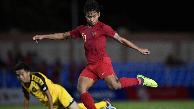 Indonesia sempat kesulitan di babak pertama karena faktor angin kencang.