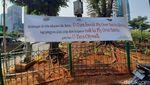 Sisa-sisa Pembongkaran Paksa Penutup U-Turn Jl Satrio Jaksel