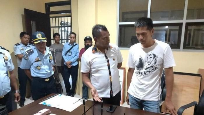 Foto: WN China ditangkap di Manokwari (andi/detikcom)