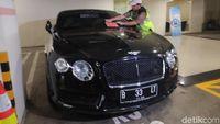 Modus Pemilik Mobil Mewah, Beli Kendaraan Pakai KTP Orang
