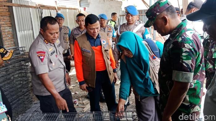Danrem 132/Tadulako, Kolonel Inf Agus Sasmita dan Kapolda Sulawesi Tengah Irjen Lukman Wahyu Harianto. (Foto: M Qadri/detikcom)