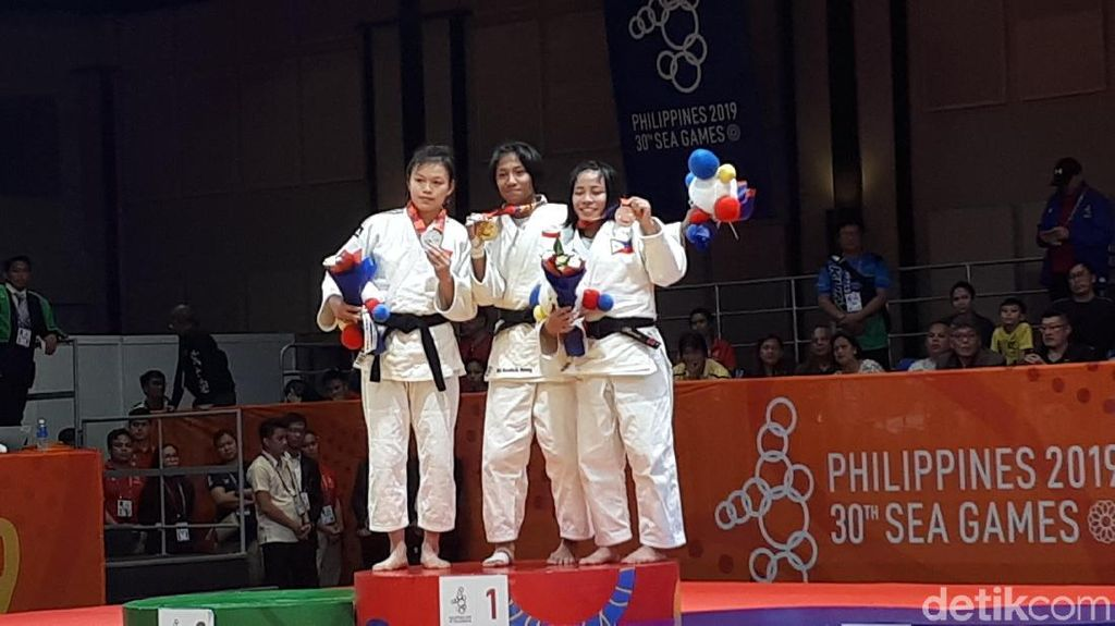 Judoka Ni Kadek Persembahkan Emas untuk Orang Tuanya
