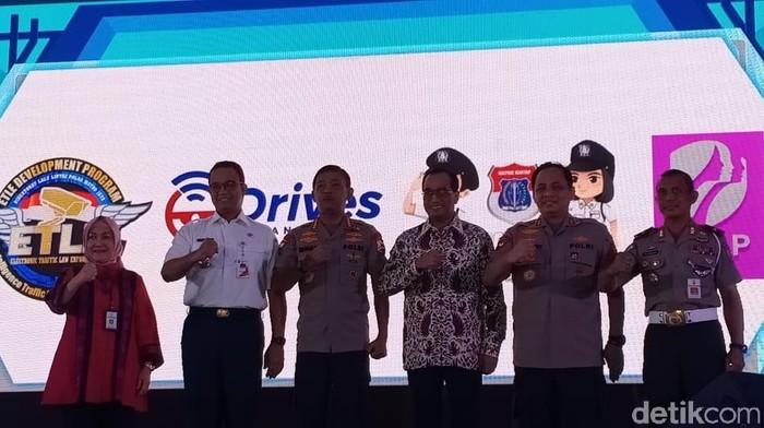 Peluncuran 3 aplikasi pelayanan publik di Polda Metro Jaya. (Samsudhuha Wildansyah/detikcom)