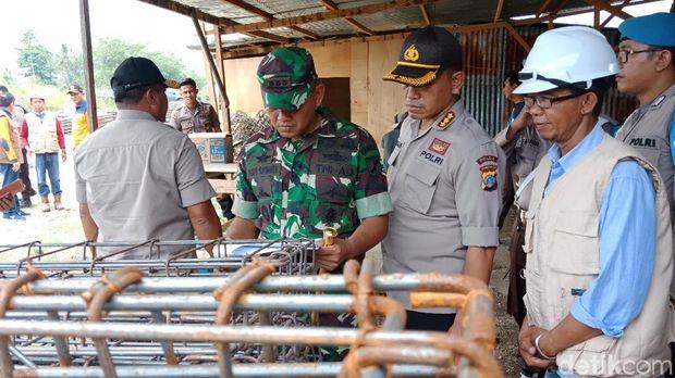 Danrem 132/Tadulako, Kolonel Inf Agus Sasmita dan Kapolda Sulawesi Tengah Irjen Lukman Wahyu Harianto.