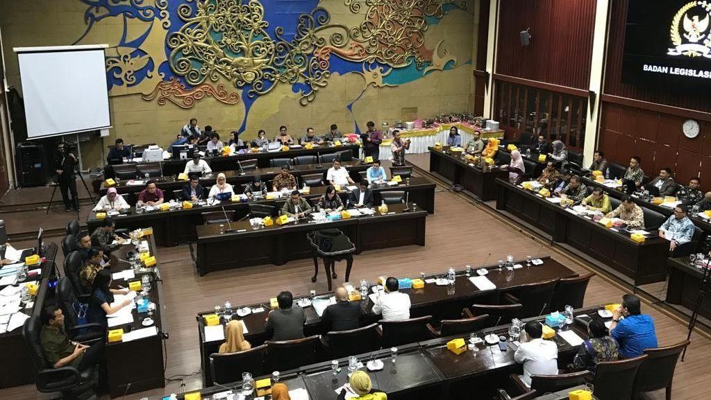 DPR-Pemerintah Sepakati 50 RUU Prolegnas Prioritas 2020, RKUHP Masuk
