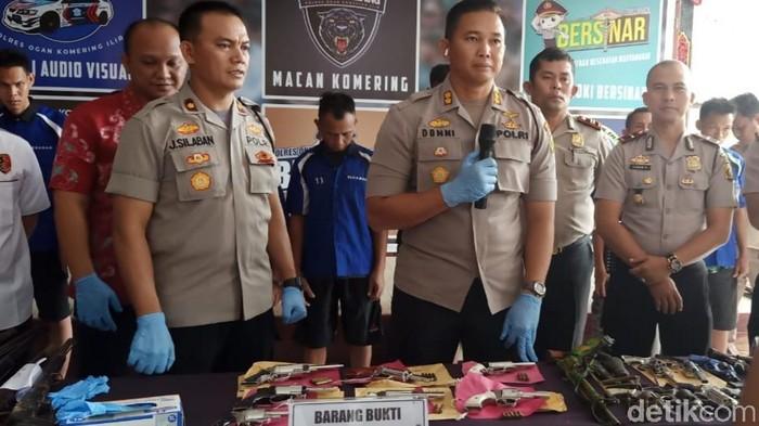 Polres Ogan Komering Ilir (OKI), Sumatera Selatan, menggerebek kawasan produksi senjata api (senpi) ilegal/Foto: Raja Adil Siregar