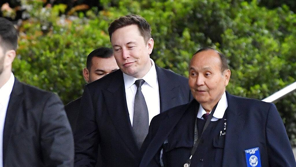 Penampakan Elon Musk Tersangkut Pencemaran Nama Baik