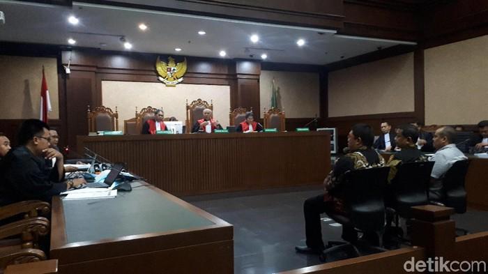 Sidang pemeriksaan terdakwa Doddy Wahyudi dalam kasus suap impor bawang putih (Faiq Hidayat/detikcom)
