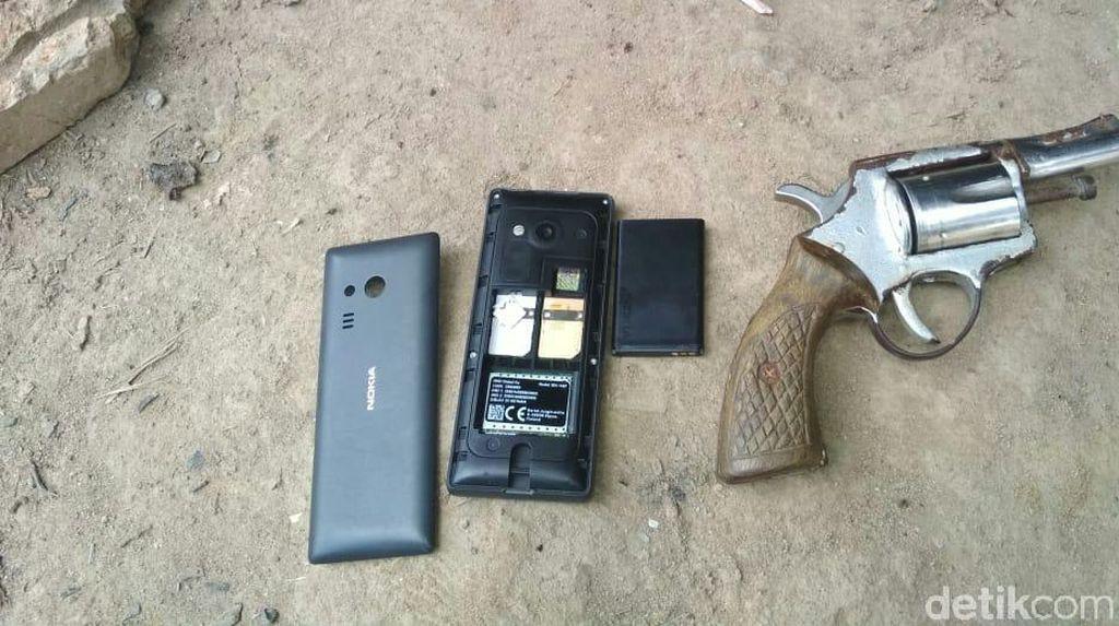 Tangkap 6 Perampok Alat Berat di Sumsel, Polisi Sita Senpi Rakitan