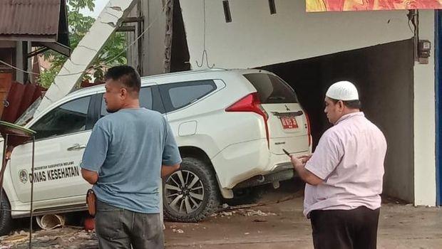 Kecelakaan mobil di Sungai Ambawang Kalbar