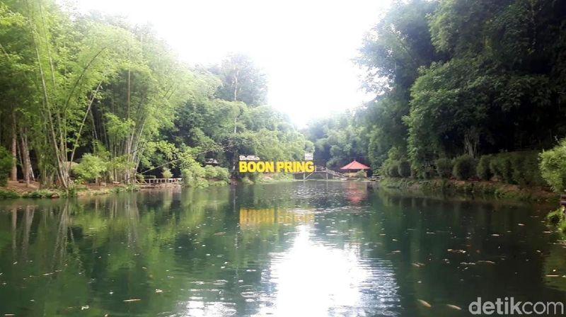 Ekowisata Boon Pring menyuguhkan panorama alam yang menyejukkan di areal seluas 36,8 hektar. Lokasinya berada di Desa Sanankerto, Turen, Kabupaten Malang. (Hilda Meilisa/detikcom)