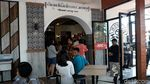 Ada Ahok saat Peresmian Restoran Cepat Saji di Solo