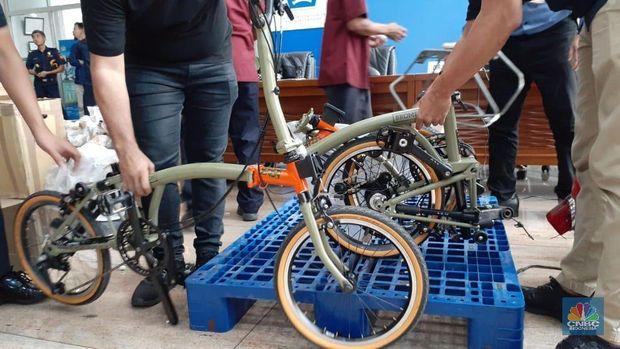 Rp 50 Juta/Unit, Ini Sepeda Brompton Selundupan via Garuda