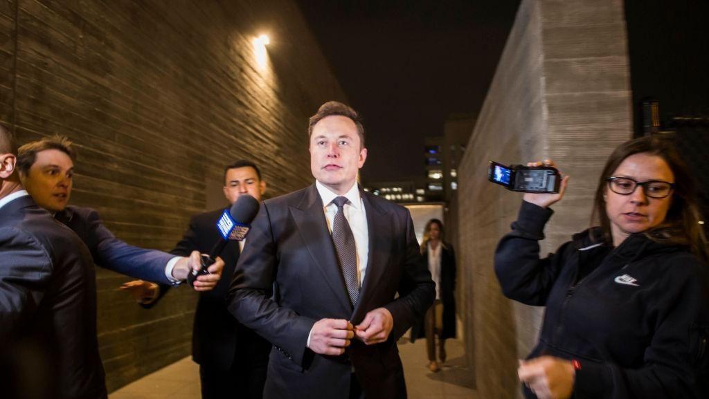 Elon Musk Jawab Gosip Threesome dengan Amber Heard dan Cara Delevingne