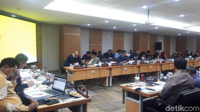 Rapat komisi E DPRD DKI Jakarta dengan Dinas Pendidikan. (Dwi Andayani/detikcom)