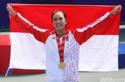 Aldila Sutjiadi Tambah Pundi-pundi Emas Indonesia