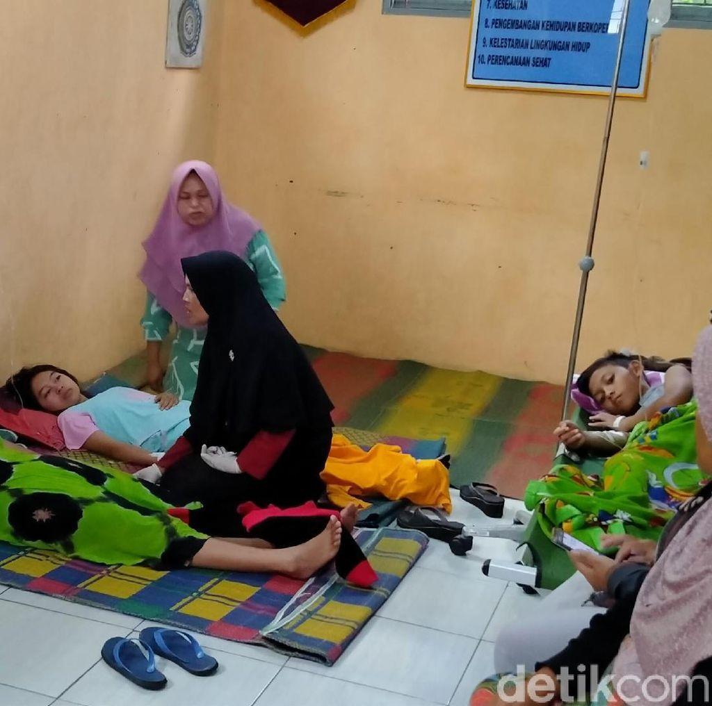 KLB Keracunan di Pemalang, Ruang Balai Desa Disulap Jadi Posko Medis