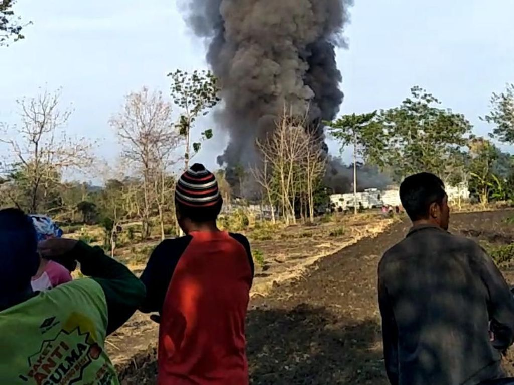 Gudang PT Japfa Pasuruan Terbakar, Ribuan Ayam Terpanggang