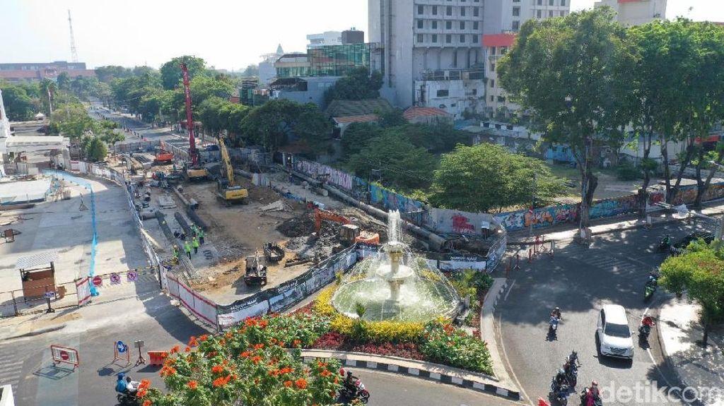 Alun-alun Suroboyo Ditargetkan Akhir Tahun Bisa Dilalui Pejalan Kaki