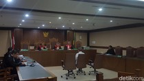 Pengusaha Kock Meng Didakwa Suap Gubernur Kepri Nonaktif SGD 11 Ribu