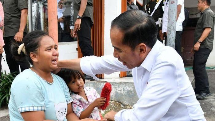 Presiden Jokowi bertemu warga di Cilegon (Foto: Dok. Facebook Jokowi)