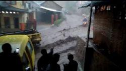 Banjir Bandang, Lumpur Tutup Akses Jalan Kertasari-Pangalengan