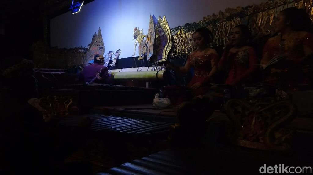 Pagelaran Wayang Semar Maneges Dimainkan 5 Dalang dari Jepara