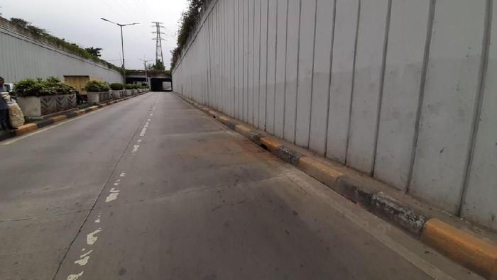 Foto: Lokasi penemuan mayat pria di Underpass Senen (Yoki Alvetro-detikcom)