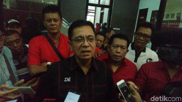 Eks Ketua DPRD Jateng Murdoko di kantor DPD PDIP Jateng, Jumat (6/12/2019). (Foto: Angling Adhitya Purbaya/detikcom)