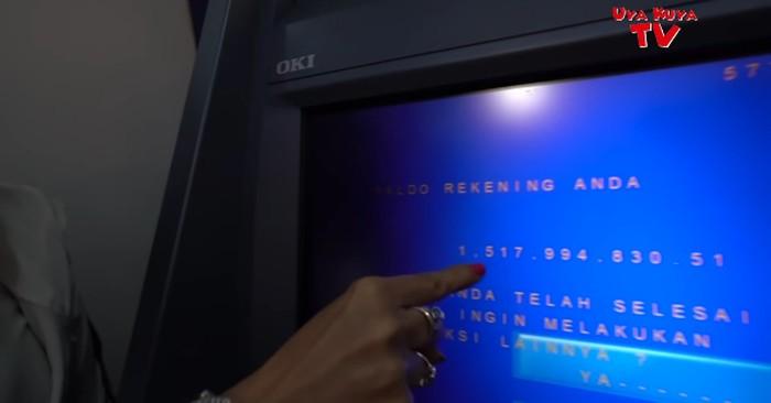 Barbie Kumalasari memperlihatkan isi rekening di akun Youtube milik Uya Kuya